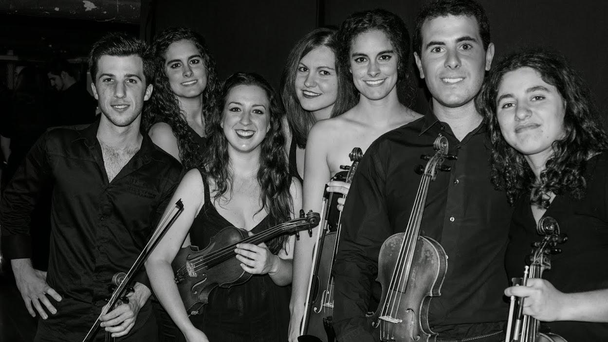 Alumnado del Conservatorio Superior de Sevilla — Foto: Juan Velázquez